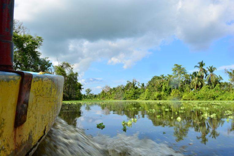 Percorrendo o rio entre Puerto Concha até o lago Maracaibo