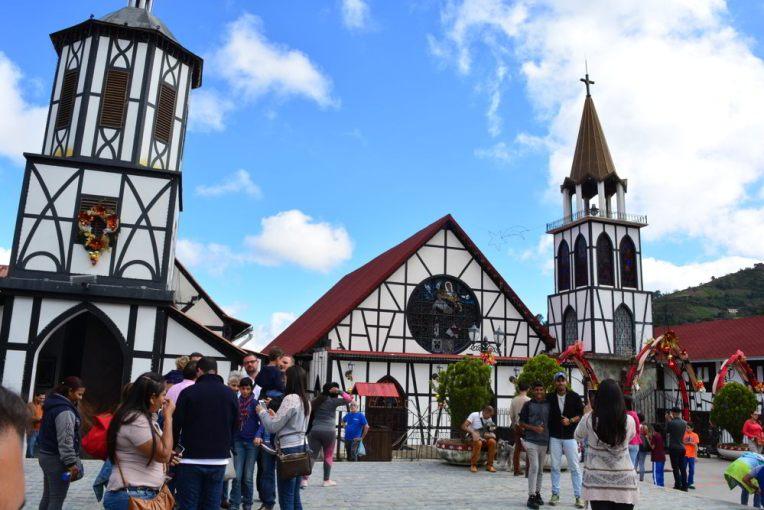 Igreja da Colônia Tovar