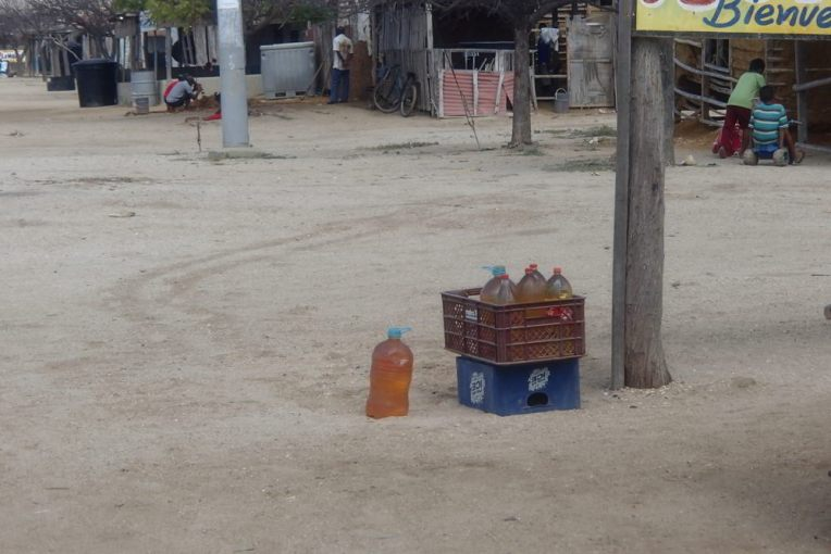 Venda de gasolina em Cabo de la Vela