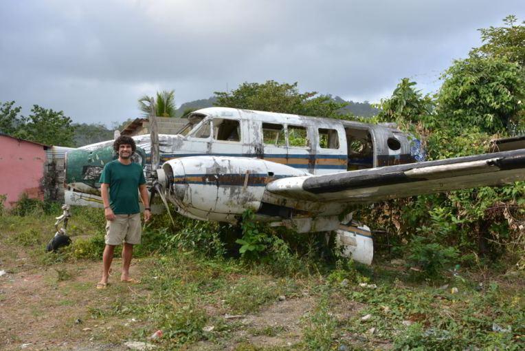 Avião abandonado em Capurganá