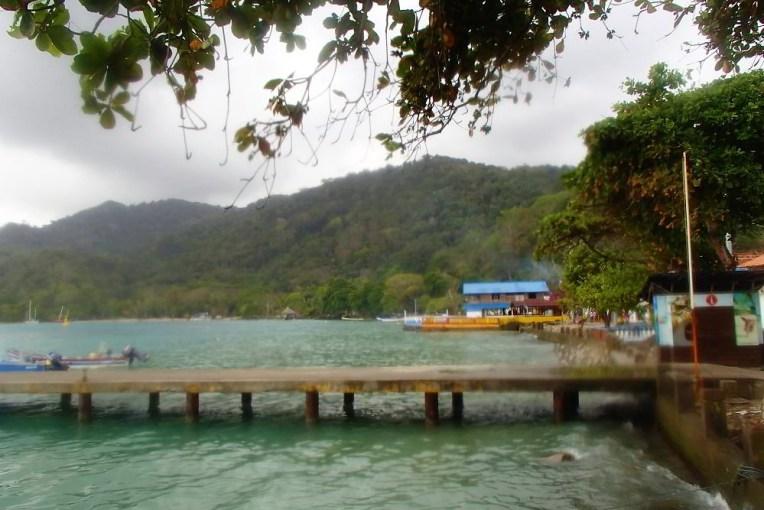Pequena praia de Sapzurro, pertinho de Capurganá