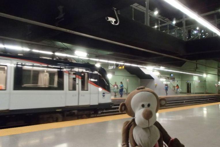 Mucuvinha no metrô da Cidade do Panamá