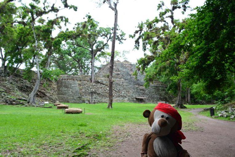 Mucuvinha nas Ruínas de Copán