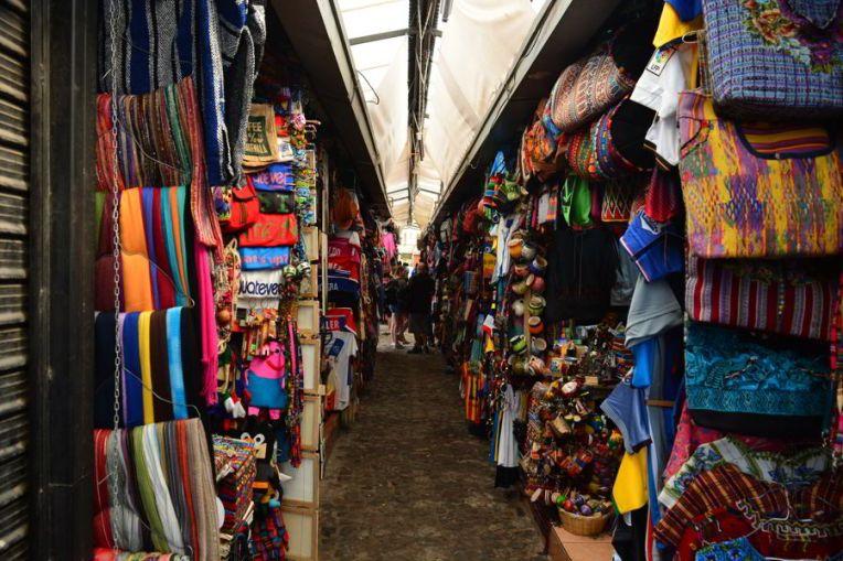 Mercado de Artesanatos em Antígua
