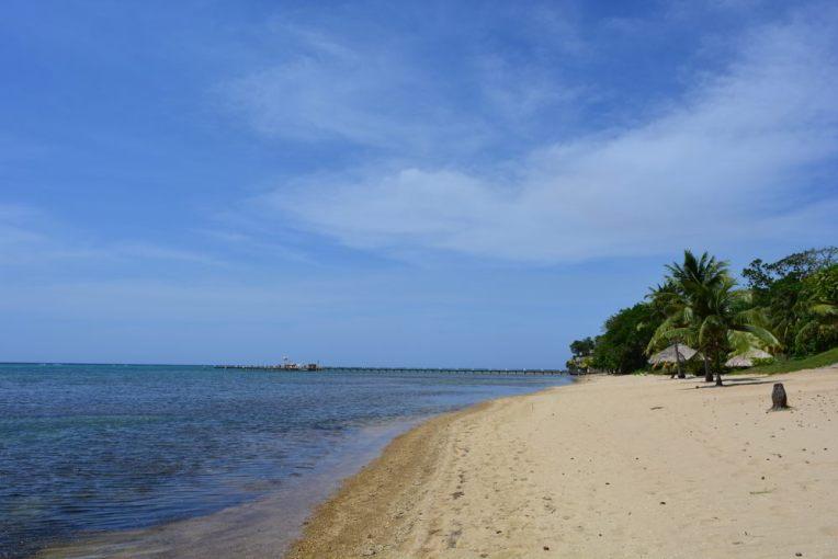 Praia de Sandy Bay, Roatán