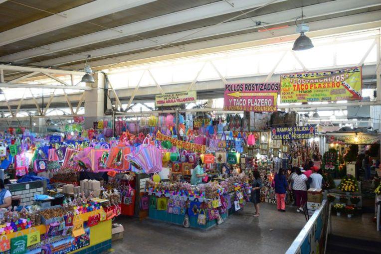 Mercado próximo à Basílica de Guadalupe
