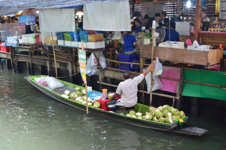 Feira flutuante de Lad Mayom - Bangkok