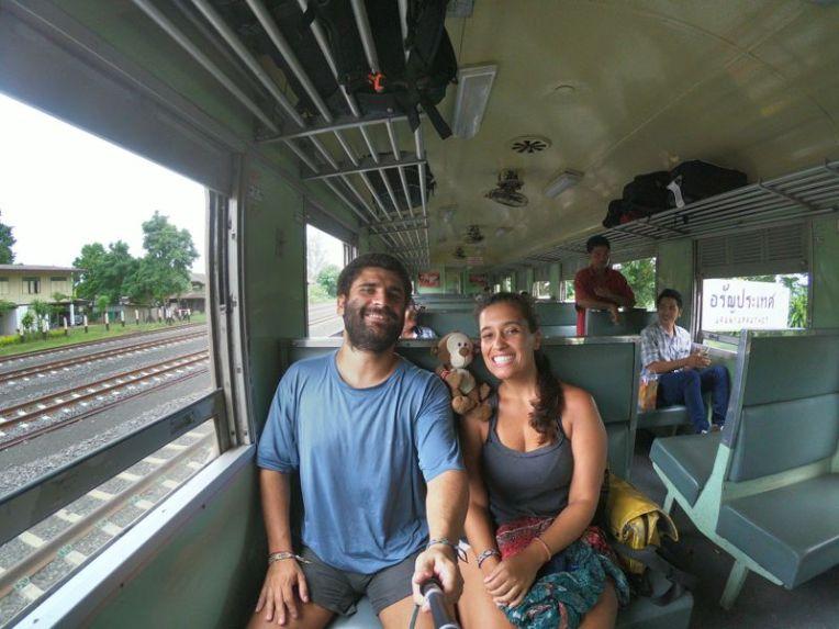 Trem de Aranyaprathet para Bangkok