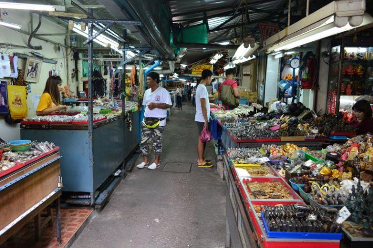 Mercado de amuletos em Bangkok