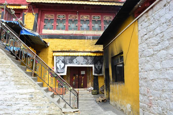 Casa de Dalai Lama em Litang