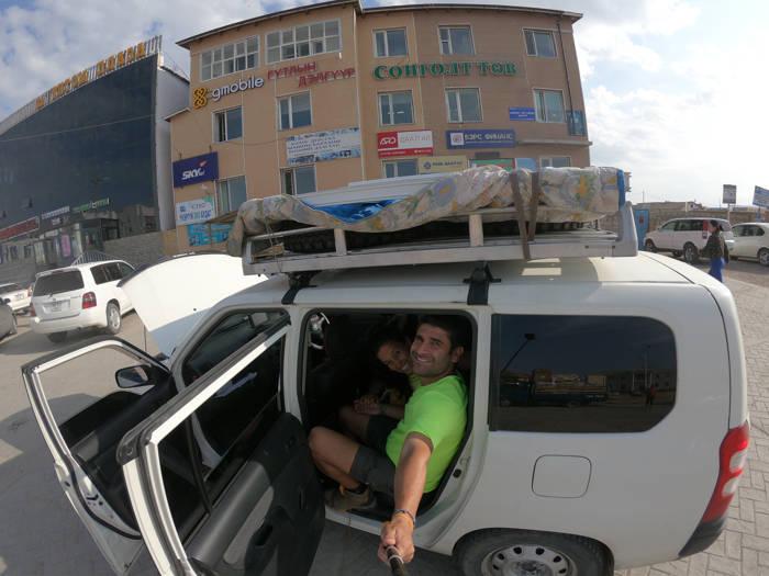Cruzando Mongólia - China (Xinjiang)