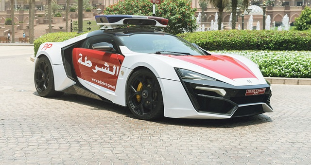Top 10 carros de polícia mais caros do mundo - Lykan HyperSport