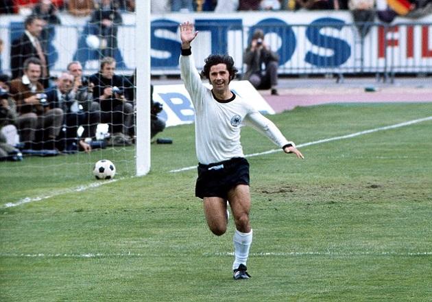 Top 10 maiores artilheiros de futebol de todos os tempos - Gerd Müller