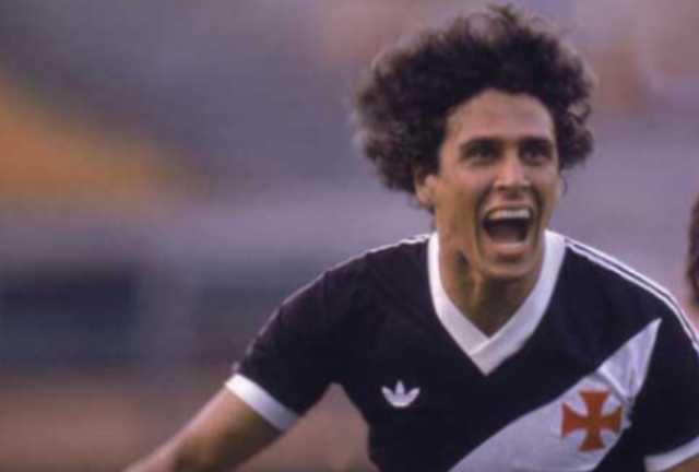 Quem é o maior artilheiro do campeonato brasileiro - Roberto Dinamite