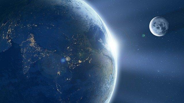 Satélitenatural da Terra