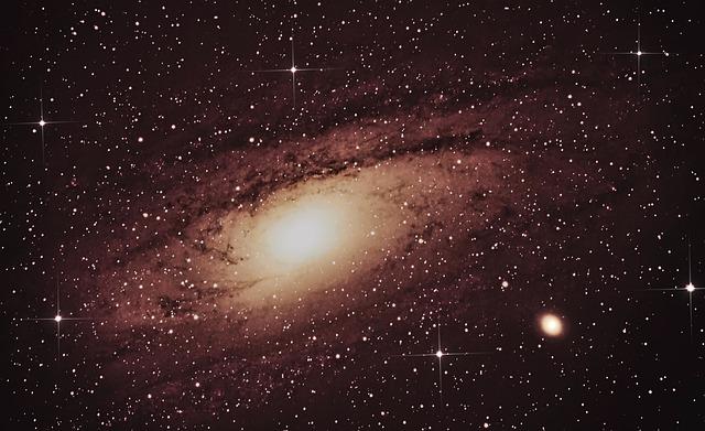O Universopossui vários bilhões de anos
