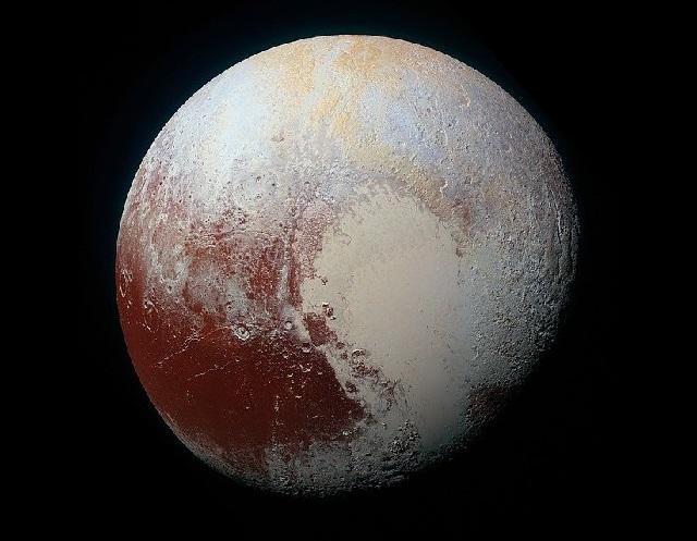 O minúsculo Plutão
