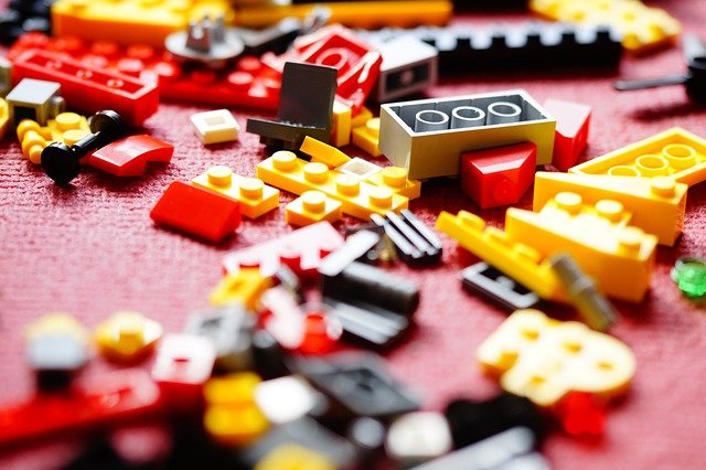 """O primeiro de todos foi """"feito"""" de Lego"""