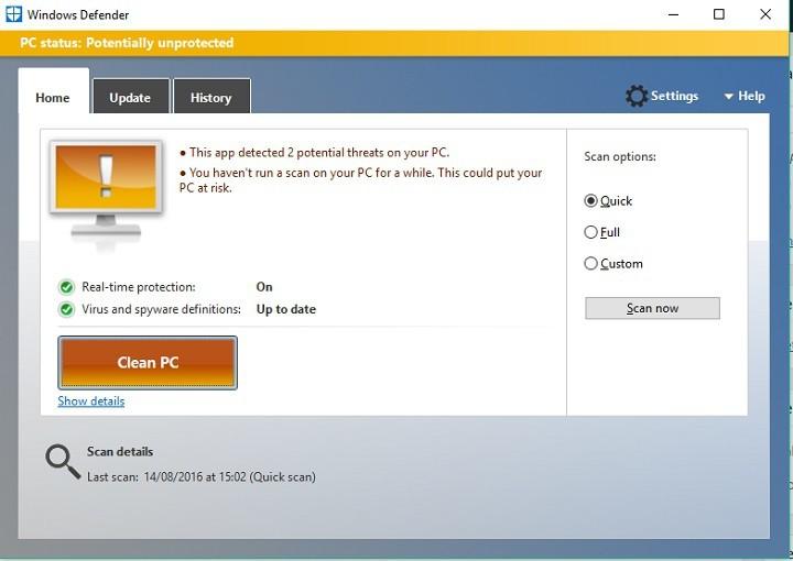 Исправлено: Защитник Windows постоянно запрашивает сканирование после юбилейного обновления Windows 10.