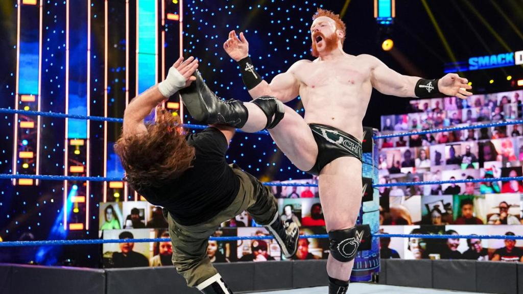 Sheamus aplicando una Brogue Kick