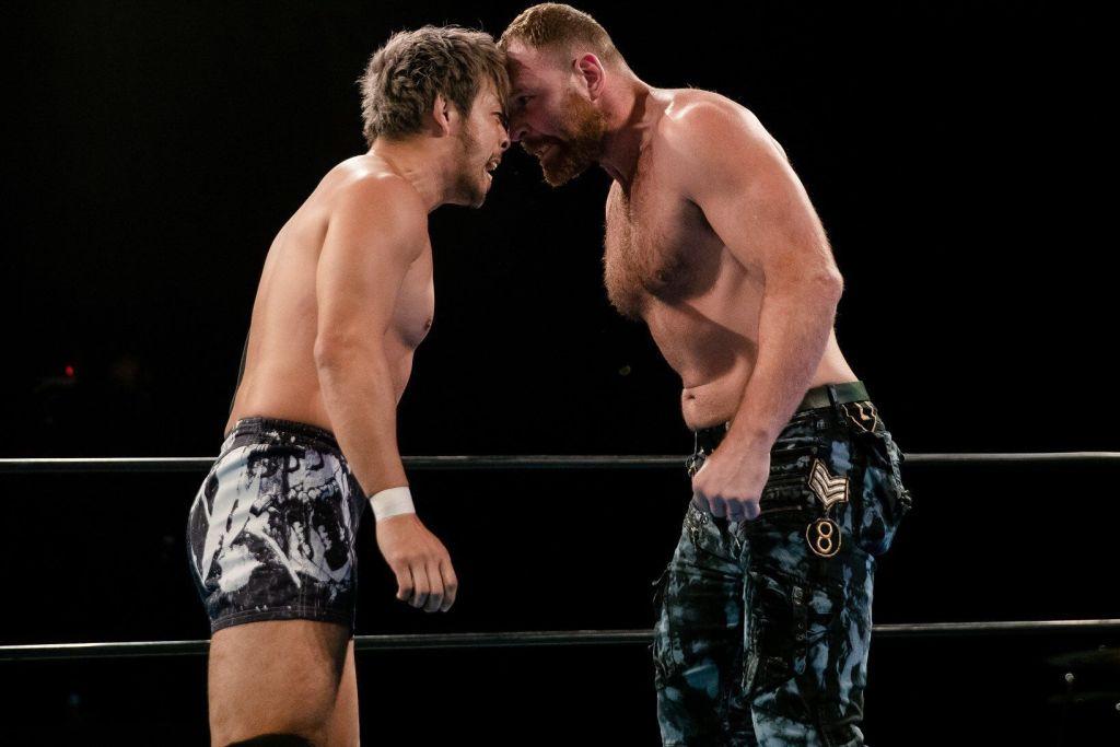 Jon Moxley y Kenta en NJPW Stong