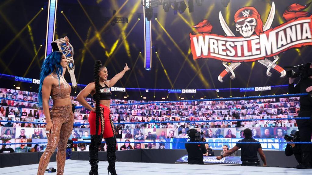 Sasha y Bianca en SmackDown