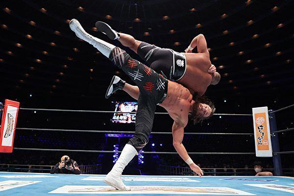 Jay White e Ishii en NJPW