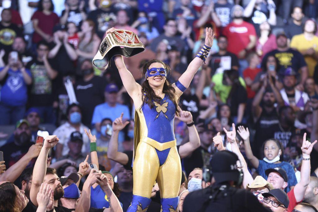 Nikki ASH Raw