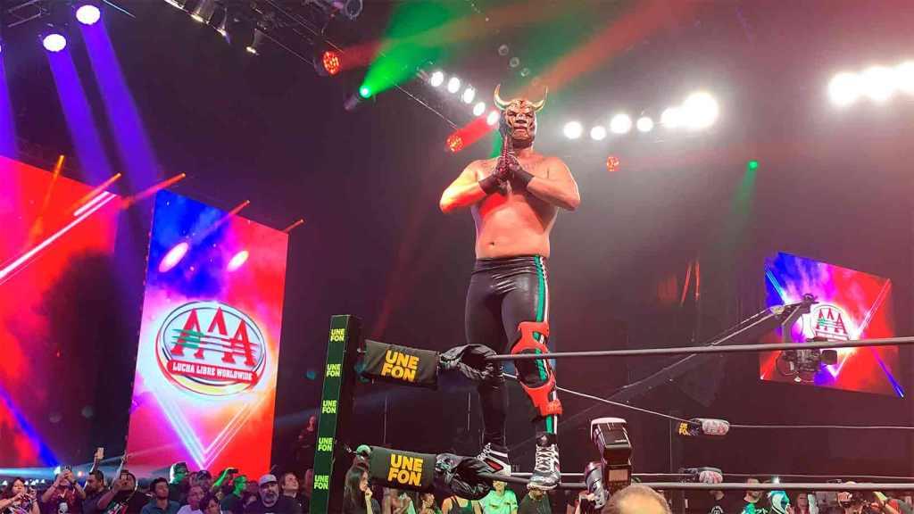 Cain Velásquez wrestling
