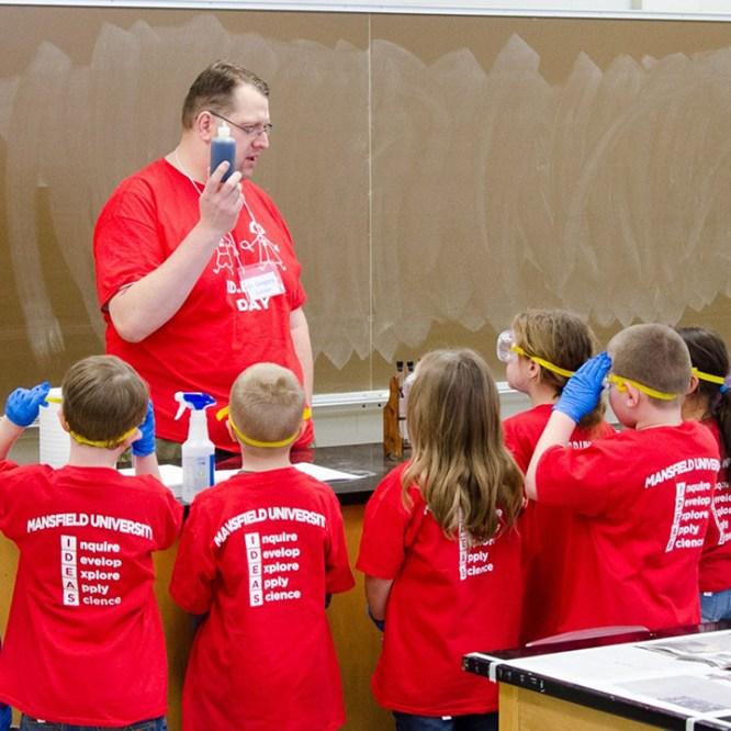 Elementary School Students Get IDEAS at MU