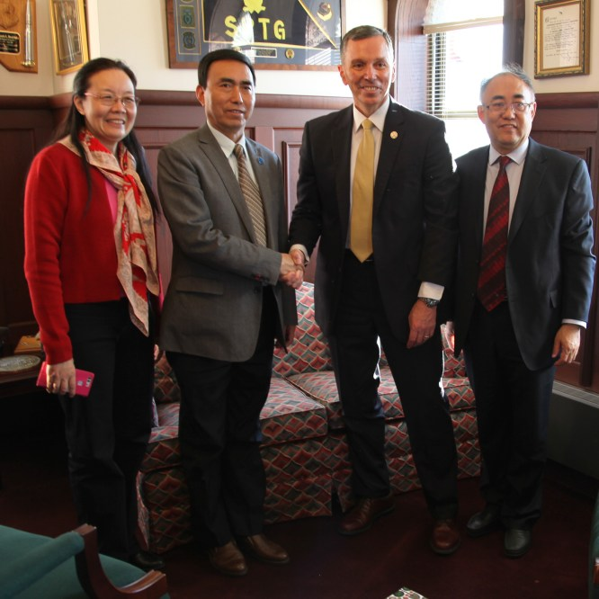 Chinese University Delegation Visits MU