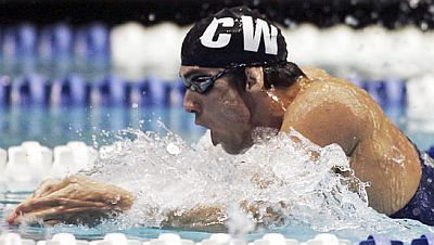 michael-phelps-breast-stroke-in-water.jpg