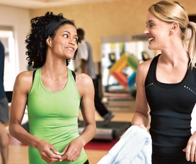Women-Exercise-Together-at-Gym.jpg