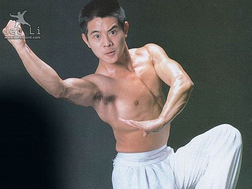 Jet-Li-Shirtless-Workout.jpg