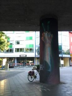 Artist CASE -Candidplatz Street art fist