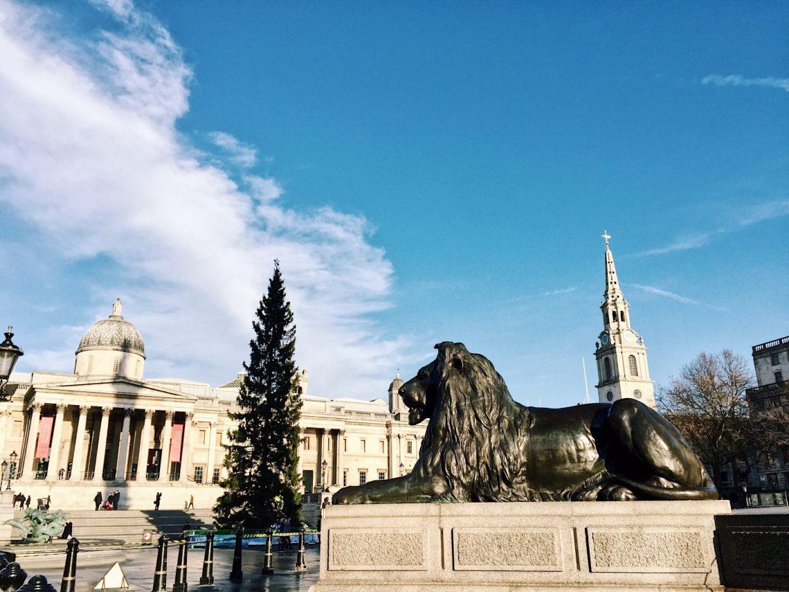 christmas trafalgar square london england