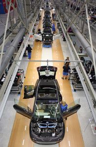 The carbon fiber bodied i3 on the production line -- photo: dpa