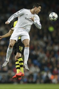 Ronaldo heads the ball against Borussia Dortmund -- photo: dpa