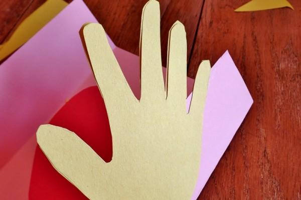 A Big Hug Card craft for kids