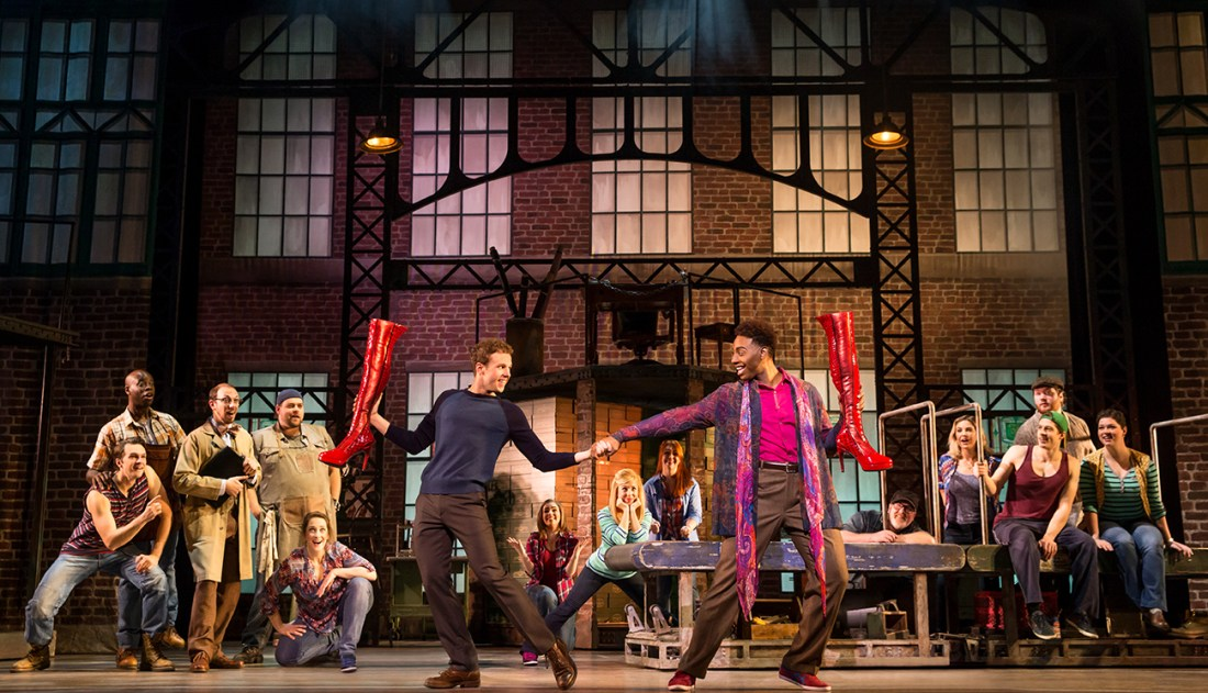 Photo1-The-National-Tour-of-Kinky-Boots-Photo-credit-Matthew-Murphy