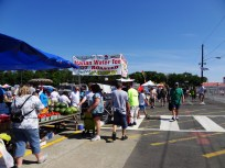 Farmer's market in Springfield, New Jersey. From panoramio.com/photo/74335817.