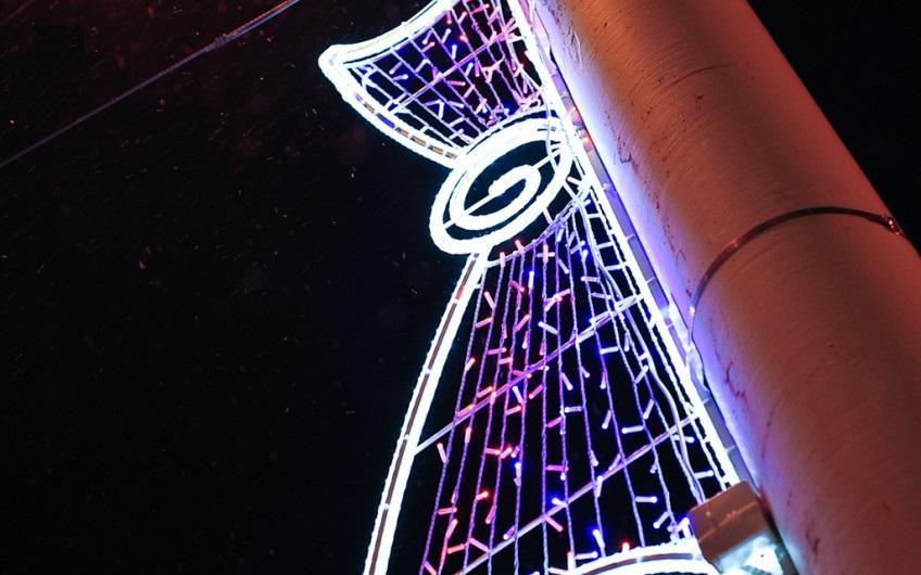 Петрозаводск начали украшать к Новому году