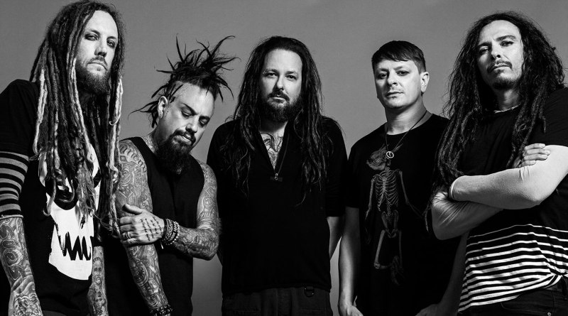 Korn, foto promocional em preto e branco