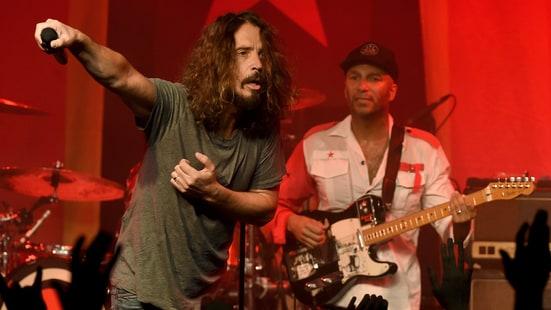 Chirs Cornell e Tom Morello com o Audioslave