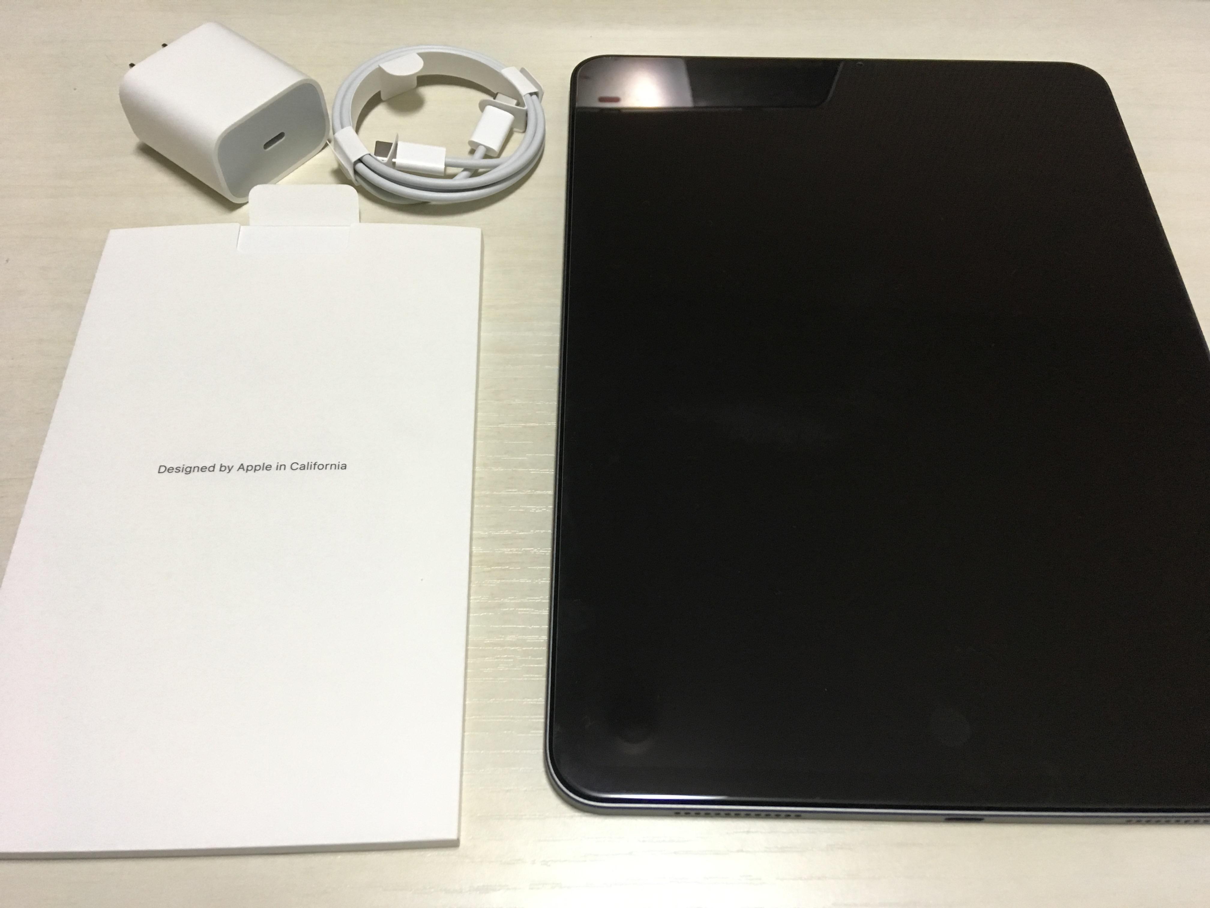 新型iPad Pro(11インチ)を冷蔵庫に貼ったり周辺アクセサリを買った話