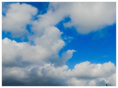 【青い空・白い雲】PIXTA作品シリーズ