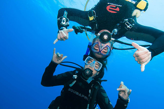 Learn-to-dive-in-Sulawesi-Indonesia