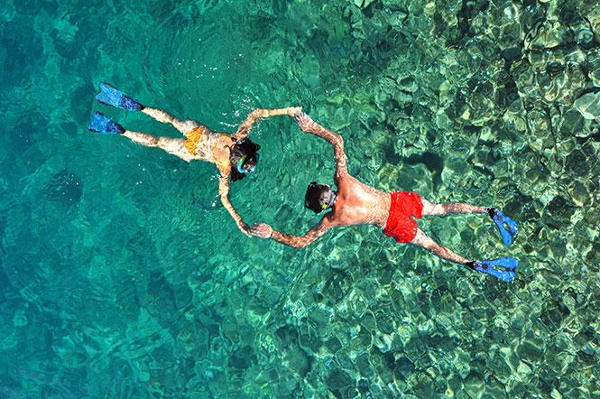 Snorkeling-Batu-Mandi-Bangka-Island-Indonesia