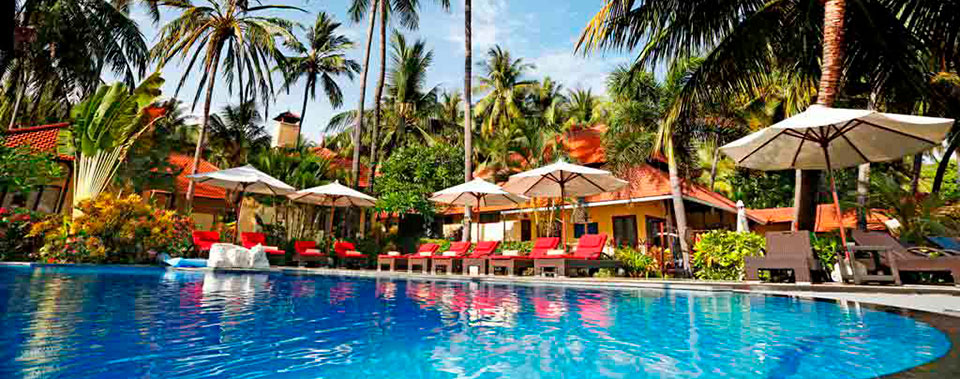 Teluk-Karang-Dive-&-Spa-Resort,-Dive-Indonesia-Bali,-Pool