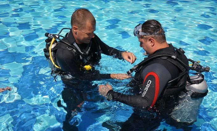 Learn to Dive Bunaken